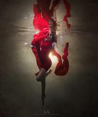 Jasmine (wesome) Tags: adamattoun underwaterphotography underwaterportraiture ikelite