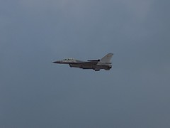 BAF F-16 (Kylie Stevens) Tags: avgeeks airshow airshows airbourne avgeek airbourne2017 airbourne17 eastbourneairshow ebairshow airforce display baf belgianairforce belgian f16 f16fightfalcon f16fightingfalcon f16viper fightingfalcon viper viperlove fighter fighterjet fighterplanes jet jetporn jetphotography jetnoise gizmo