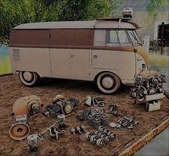 Toys for the boys Anhelo (ᗷOOᑎᕮ ᗷᒪᗩᑎᑕO) Tags: secondlife anhelo gacha arcade 2017 vw camper van engine bits mancave boys toys swap meet