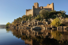 Castelo de Almourol (TerePedro) Tags: vilanovadabarquinha santarém portugal castillo chateau castle castelo schloss maravilhasdeportugal