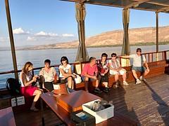 46 - Zarándokok sétahajózása a Galileai - tengeren / Vyhliadková plavba na Genezaretskom jazere