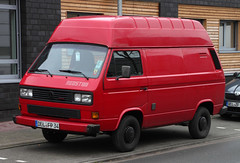 High roof T3 (Schwanzus_Longus) Tags: delmenhorst german germany old classic vintage panel van vehicle vw volkswagen t3 transporter bulli bully