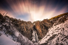 Frozen (raulmiguelmantilla) Tags: winter snow nieve cascada falls canon6d longexposure largaexposición ndfilter montaña cielo roca paisaje cañón sundaylights