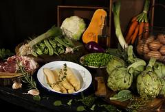Menestra de verduras (Frabisa) Tags: menestra verduras acelgas guiso esparragos alcachofas zanahorias guisantes setas calabaza stew vegetables chard asparagus artichokes carrots peas mushrooms squash