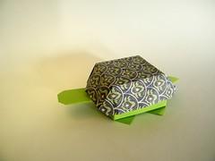 Tortoise-shaped receptacle - Yoshihisa Kimura (Rui.Roda) Tags: origami papiroflexia papierfalten caja caixa boîte box tortuga tortue tartaruga turtle tortoise shaped receptacle yoshihisa kimura