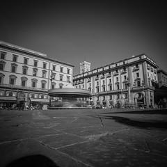Place Florence (David-Charles Arrivé1) Tags: florence firenze toscane italie nb nd400 poselongue 5dmarkii 1740l carré