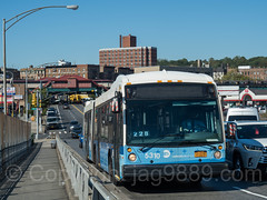 MTA Select Bus crossing the University Heights Bridge, West 207th Street, Inwood, New York City (jag9889) Tags: jag9889 usa k019 bridge waterway inwood newyork outdoor 20171019 walkway uppermanhattan building westbronx bus lamppost 2017 road car river bronx newyorkcity universityheights sky mta movable harlemriver manhattan w207street