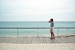 #dziadostwo (Pawel Trybulski) Tags: d5200 girl woman sea line sky summer horizont perspective pawt spain altea water blue