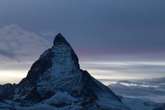 Matterhorn - Mont Cervin - Monte Cervino ( VS - I - 4`478 m - Erstbesteigung 1865 - Viertausender - Berg montagne montagna mountain ) in den Walliser Alpen - Alps bei Zermatt im Mattertal - Nikolaital im Kanton Wallis - Valais der Schweiz und Italien (chrchr_75) Tags: christoph hurni schweiz suisse switzerland svizzera suissa swiss chrchr chrchr75 chrigu chriguhurni chriguhurnibluemailch november2017 november 2017 albumzzz201711november berg alpen alps mountain matterhorn mont cervin monte cervino zermatt landschaft landscape wallis valais kantonwallis montcervin montecervino albummatterhorn sveitsi sviss スイス zwitserland sveits szwajcaria suíça suiza