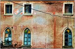 I colori in abbandono.. (bartric - Bartolomeo) Tags: morolo nikond5100 hdr abbandoned colors finestra windows porte ciociaria texture dettagli bartolomeo tricarico lazio italy doors