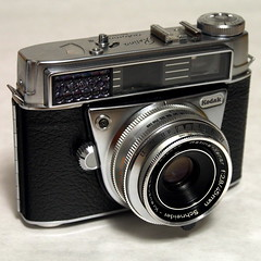 Kodak Retina Automatic III (bac1967) Tags: kodak retina automatic iii kodakretinaautomaticiii kodakretina rangefinder rangefindercamera 135film 35mmfilm 35mm schneiderkreuznach schneider kreuznach schneiderkreuznachlens madeingermany gossen gossenlightmeter