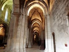 Monasterio de Veruela - Iglesia. (Eduardo OrtÍn) Tags: iglesia románico veruela zaragoza aragón columnas veradelmoncayo
