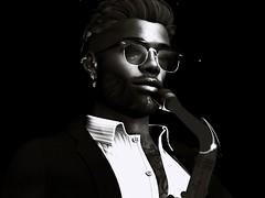 A moment to breathe on Baker Street (umshlanga.barbosa) Tags: jazz sax saxaphone tenor glasses black white