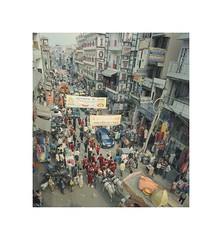 Paharganj (Piers Muiry) Tags: kodak portra 400 35mm 135 film nikon india paharganj strip street shops market delhi travel city crowd parade music people fair band musicians busy