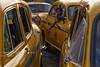 TAXI. Kolkata (Cathy Le Scolan-Quéré Photographies) Tags: kolkata calcutta inde india taxi ambassador taxiambassador chauffeur chauffeurdetaxi driver waiting