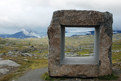 Hip to be square (cinclus66) Tags: monumentutendørs nationaltouristroad gamlesognefjellsveien kunst art stone mountain clouds summer norway highalpine sognogfjordane nasjonal turistveg