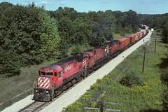 Canadian Pacific M424 4210 Train R503 W. of New Richmond MI (Railblazer) Tags: canadianpacific canadianpacificrailroad canadianpacificrailway cp cprail canadianpacifictrain canadianpacificcofctrain containeronflatcartrain cofc canadianpacificintermodaltrain cpintermodaltrain canadianpacificmlwlocomotive cpmlwlocomotive canadianpacificm424 cpm424 mlw montreallocmotiveworks m636 m636locomotive canadianpacifictrainr503 cprailtrainr503 csxgrandrapidssubdivision csxhelpermichigan csxnewrichmondmichigan helpermichigan newrichmondmichigan