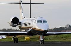 N854SD GULFSTREAM FOUE NEWCASTLE (toowoomba surfer) Tags: bizjet businessjet executiveaviation jet aeroplane ncl egnt