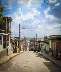 CUBA2017_94 (Dylon87) Tags: daytrip friends family memories vacation fun great gibara fishing town getaway bed breakfast travel holguin cuba street downhill down hill slum photo pic photographer photography teamcanon canon shotoncanon canoncanada