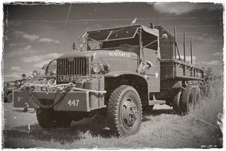 1942 GMC CCKW 2½-ton 6x6 LFO 955....photoshopped