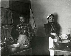 North Country at Work cooks in Saranac Lake (NCPR) Tags: ncatwork 1900s saranaclake womenworkinginkitchen1905