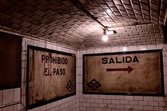 Estación de Chamberí. Madrid (vpogarcia) Tags: light white black fantasma chamberi metro subway city madrid madridchamberí
