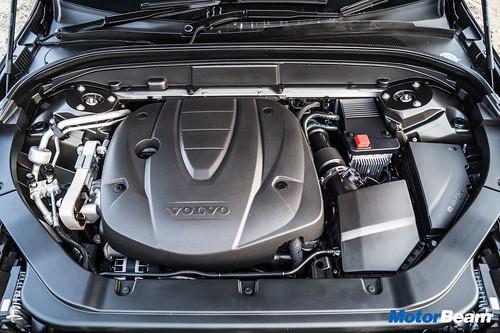 2018-Volvo-XC60-26