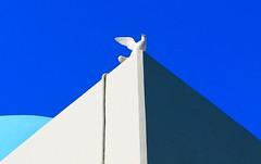 Dove on the top (maria xenou) Tags: ελλασ ελλαδα ειρηνη εκκλησια ουρανοσ δεκεμβρησ χριστουγεννα αγαπη υγεια χαρα αισιοδοξοσια ελπιδα καλοσυνη περιστερι αρχιτεκτονικη μπλε δυναμη θεληση καρδια δωρα χρωματα sky blue blau himmel dove chrismas season weihnachten liebe love herz heart peace frieden spirit hope happiness gifts kindness health wishes wünschen friendship freundschat hoffnung geist glück canoneos1100d colors farben composition wish freude happy geschenke simple απλοτητα φωσ σκιεσ light schadow licht schatten maria photodromos fotodromos φωτοδρομοσ ναοσ