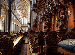 Salisbury Cathedral (RobLesliePhotography) Tags: samyangf212mm fujixt1