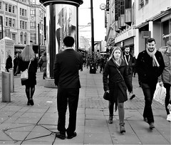 framing the shot (LozHudson) Tags: manchester fuji xt10 fujifilmxt10 people blackwhite blackandwhite mono monochrome street streetphotography