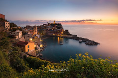 Il Cuore Di Vernazza (CasCriS) Tags: cuore romantico lastradadellamore lovestreet vernazza liguria italia italiansea liguriansea travelphotography