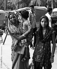Retrato - India - Delhi (raperol) Tags: retrato posado delhi viajes india blancoynegro bn