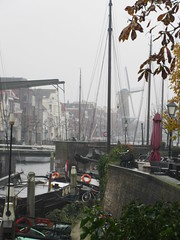 Glimpse of old harbor and windmill, Delfshaven, Rotterdam, Netherlands (Paul McClure DC) Tags: delfshaven rotterdam netherlands thenetherlands southholland zuidholland nov2017 architecture historic scenery