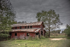 the old barn on Scenic Hwy (Mr. Greenjeans) Tags: barn ruraldecay rural scenichwy pasture farmland farm explore