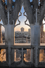 Duomo Sunset (ccr_358) Tags: ccr358 nikon d5000 nikond5000 postcard sunny day 2016 december winter wideangle light square cathedral church churchexterior citycentre italy lombardia building architecture milano duomo evening sunset roof cityscape skyline window symmetry torrevelasca