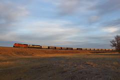 Pushin (GLC 392) Tags: bnsf h2 paint burlington northern bn santa fe golden pre dawn sunrise sun rise emd sd70mac railroad railway train coal emoty clouds sky morning life cheyenne wy wyoming sd70ace 9547 9201