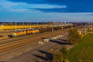 UP 3028 West at North Platte