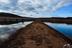 Renedo de Zalima (Laborda Fotografía) Tags: nature naturaleza lake lago light luz pantano espejo reflejo