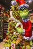(LegionCub) Tags: grinch max drseuss howthegrinchstolechristmas statue animated dog holiday xmas universal islandsofadventure orlando sony ornaments