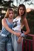 Alba&Rocio-81 (BertoMar) Tags: amarilla chica chicas gorra tirantes gunsandroses vans gafasdesol rubia atardecer valladolid nikon castaña