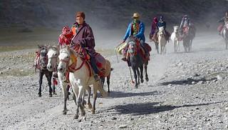 Showing off Horsemanship, Tibet 2017