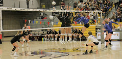 Valiant Volleyball - OSAA finals vs. Sisters (SSMO Campus) Tags: vc vchs valiants volleyball osaa finals state championship min sisters