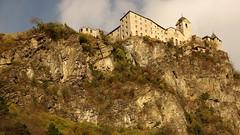Säben Abbey (Klausen, Italy) (armxesde) Tags: pentax ricoh k3 italien italy südtirol altoadige herbst autumn fall berg mountain alps alpen dolomiten dolomites klausen chiusa eisacktal valleisarco kloster säben conventosabiona cloister abbey