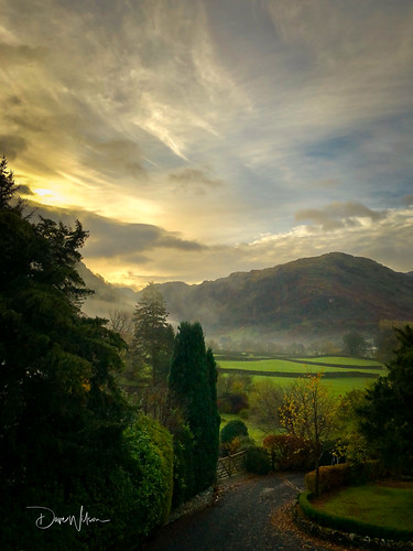 iPhone - Morning Mist in the Borrowdale Valley