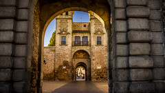 Puerta de Bisagra, Toledo (pepoexpress - A few million thanks!) Tags: nikon nikkor d750 nikond750 nikond75024120f4 24120mmafs pepoexpress toledo puertadebisagra city cityscape hiperfocal grupofotografíayliteratura