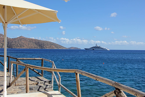 "Mirabella Bay with the yacht ""Eclipse"" of Mr. Abramovich"
