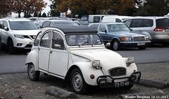 Citroën 2CV 1977 (XBXG) Tags: 73tt49 citroën 2cv 1977 citroën2cv 2cv6 lpg gpl 2pk eend geit deuche deudeuche interclassics 2017 brussel bruxelles brussels belgique belgium belgië brusselsexpo expo vintage old classic french car auto automobile voiture ancienne française vehicle outdoor