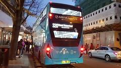 YX17NFE 6527 Arriva Southern Counties Enviro 400MMC Sapphire 320 to Hemel Hempstead (UK-Vehicle-Photos) Tags: yx17nfe 6527 arrivasoutherncounties enviro400mmchybrid 320tohemelhempstead arriva enviro 400mmc 320 bus enviro400mmc hemelhempsteadbusgarage