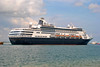 Keagungan Maasdam (Everyone Sinks Starco (using album)) Tags: kapallaut kapal kapalpesiar cruiseship ship msmaasdam