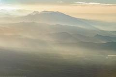 Sierra Madre (www.andrebherer.com) Tags: landscape paysage nature mountain sierra sierramadre montagne levedujour guatemala acatenango chimaltenango travel beauty andrebherer